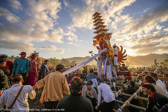 NGABEN!!!  Ngaben merupakan upacara kremasi atau pembakaran jenazah di Bali, Indonesia.