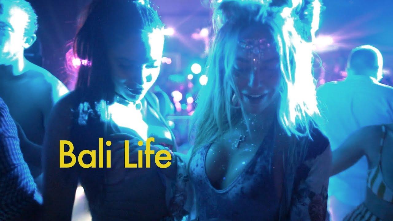 Sexy VIP Pool Party in Bali (Martin Garrix and Marshmello)